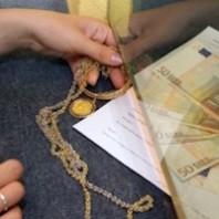 Perché le persone si rivolgono ai compro oro: